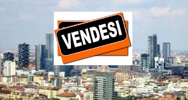 Prosegue il calo dei prezzi delle case in Italia. Ribassi maggiori nelle isole, ma anche a Milano il trend di crescita si è invertito. Giù anche gli affitti.