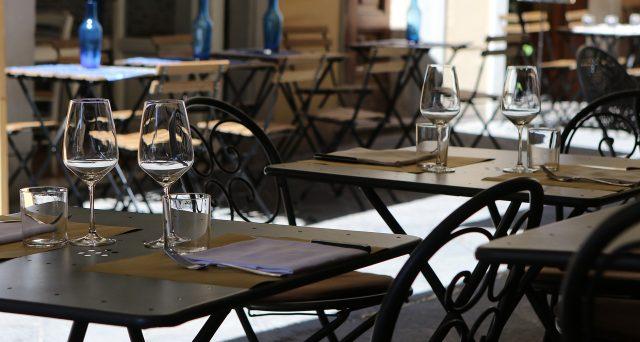 Il contributo a fondo perduto previsto dal decreto Agosto per la ristorazione spetta per un importo minimo di 1.000 euro e massimo di 10.000 euro