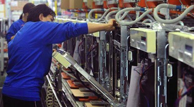 Sul rinnovo del contratto dei metalmeccanici Federmeccanica e Assistal hanno avanzato la loro proposta per incrementare lo stipendio da 65 euro.