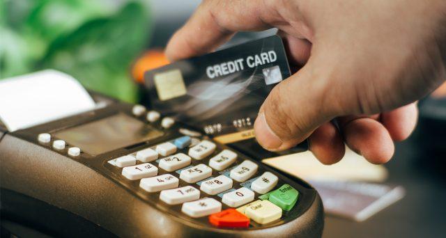 Il decreto Sostegni bis premia i pagamenti tracciabili prevedendo tre incentivi in favore degli esercenti, agevolati anche i consumatori