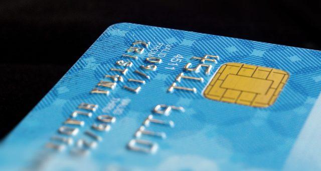 Si può associare al programma Cashback anche la carta elettronica cointestata ma l'attivazione è unica