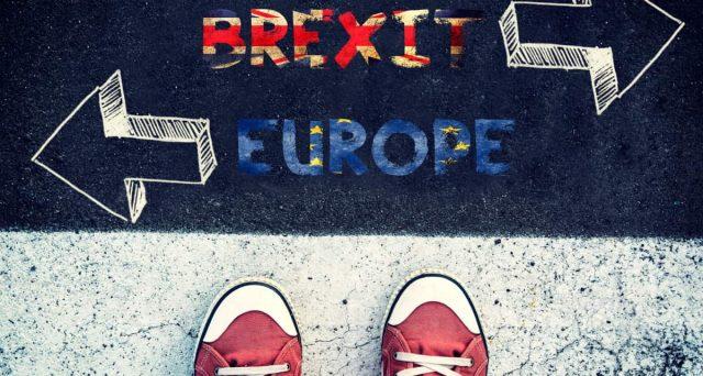 Niente più Erasmus per la Gran Bretagna dopo la Brexit. Studiare a Oxford o Cambridge diventa un lusso per pochi.