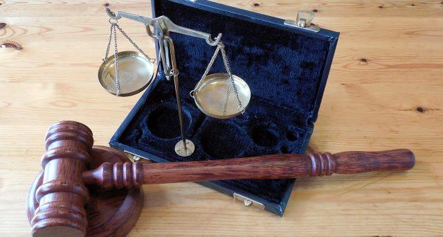 Si apre ufficialmente un contrasto interpretativo tra fisco e giurisprudenza sull'esenzione abitazione principale dei coniugi con doppia residenza