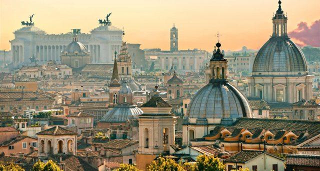 Prezzi delle case in continuo calo a Roma. La capitale non attira più, ma ci sono le premesse per una ripresa del mercato immobiliare.