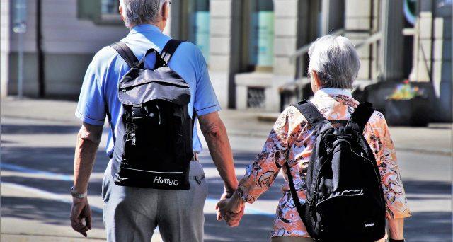 Il pensionato estero pagherebbe a metà l'IMU e verserebbe solo i due terzi della TARI per l'unico immobile posseduto in Italia