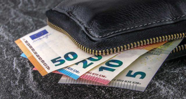 Dal 1 luglio 2021 il limite uso dei contanti si abbassa a 1.000 euro. Più difficile evadere il fisco e lavorare in nero.