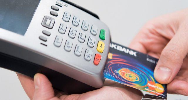 Le istruzioni (in bozza) del Modello 730/2021 danno indicazioni su come dimostrare l'avvenuto pagamento tracciabile degli oneri detraibili al 19%