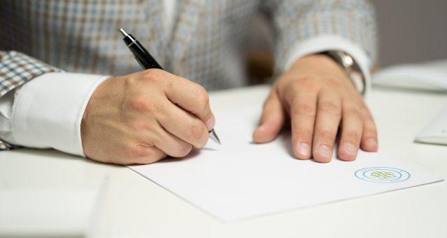 Il comodato verbale è quello stipulato sulla parola ed anch'esso può essere soggetto, in alcuni, casi alla registrazione presso l'Agenzia delle Entrate