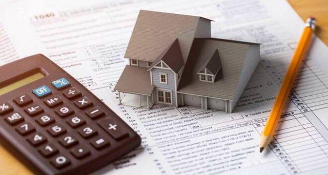 La regola generale prevede che gli interessi passivi su mutui siano detraibili in proporzione al costo dell'abitazione.