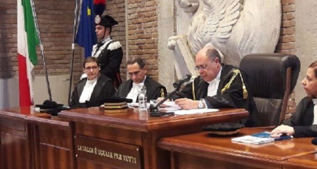 Obbligo di fattura elettronica per il regime forfettario: lo chiede la Corte dei Conti