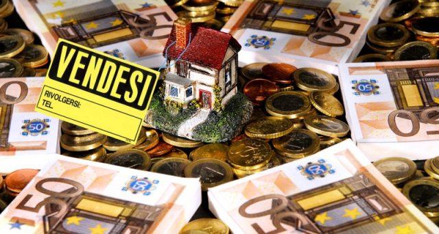 Prosegue il calo dei prezzi del mercato immobiliare e ancora non si vede la fine. A gennaio prezzi delle case giù dello 0,6%.
