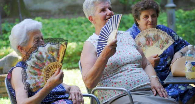 Pensioni donne: i Sindacati accelerano sulla riforma previdenziale chiedendo al Ministro del Lavoro un tavolo di confronto al più presto.