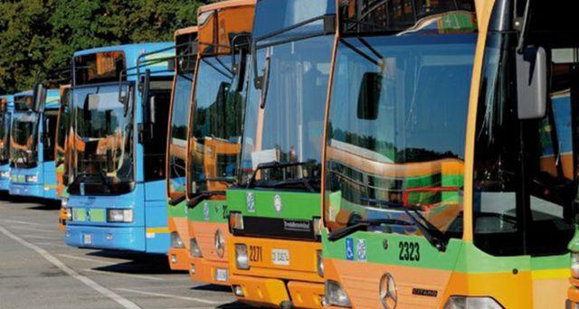 In arrivo altri 800 milioni a sostegno delle aziende del trasporto locale colpiti dalla crisi. Soldi in più anche per voucher taxi.