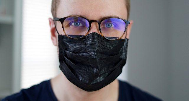 Malattia Covid, come funziona il reintegro dei lavoratori positivi con sintomi gravi e ricovero: la documentazione richiesta.