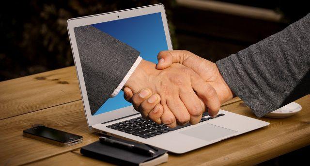 Per presentare domanda del contributo a fondo perduto del decreto Sostegni è possibile delegare il proprio commercialista o consulente