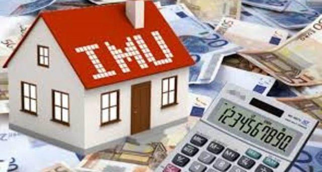 L'Ocse consiglia all'Italia di introdurre l'Imu sulla prima casa con esenzione in base al Isee. Da aggiornare anche le rendite catastali.