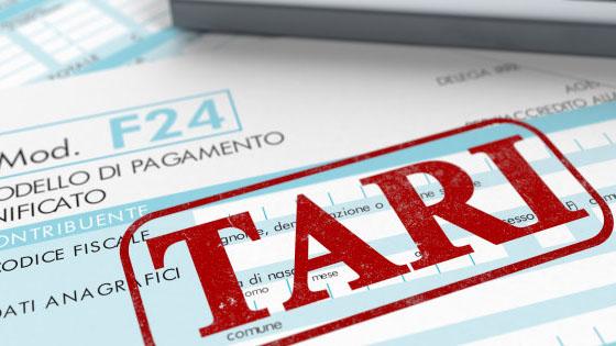 La Tassa sui Rifiuti (TARI) è aumentata mediamente del 2,4% negli ultimi 5 anni, ma in alcuni casi si sono registrate impennate fino al 35%.