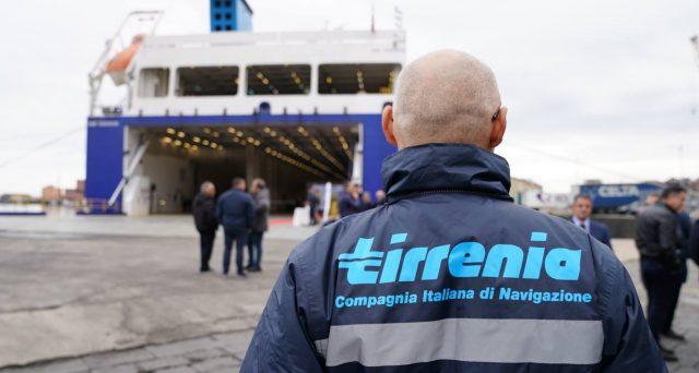 Altro sciopero dei lavoratori Cin Tirrenia (gruppo Moby) per sensibilizzare il governo a evitare il fallimento della compagnia dei traghetti.