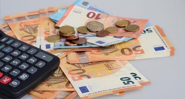 In caso di mancata indicazione nella dichiarazione dei redditi 2021, i contributi COVID percepiti sono a rischio.