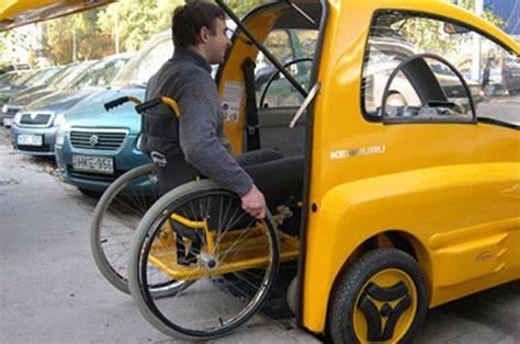 L'Agenzia delle Entrate prevede l'applicazione dell'aliquota IVA del 4% sugli acquisti da parte dei disabili o dei familiari che li abbiano fiscalmente a carico auto nuove e usate