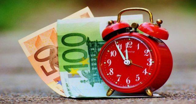 Pagamento pensioni agosto 2021: chi la ritira prima e con più soldi