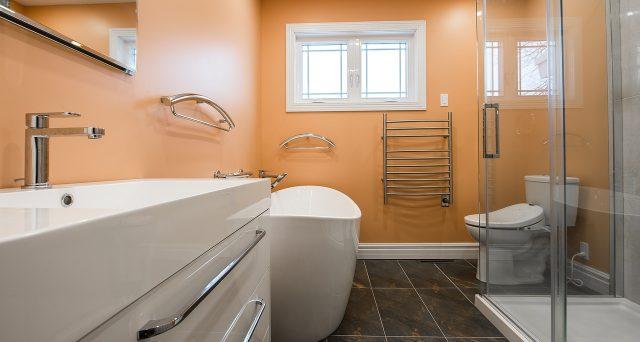 Ristrutturazione del bagno a metà prezzo con lo sconto in fattura: ecco quando è possibile
