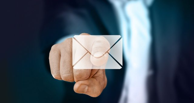 Dichiarazione IVA 2021 non presentata in tempo, in arrivo le lettere dall'Agenzia delle Entrate