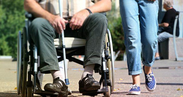 Bonus assistenza disabili, requisiti e documenti per la deduzione