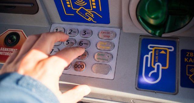 Prelievi da conto corrente postale o bancario, qual è la tempistica che fa insospettire il Fisco