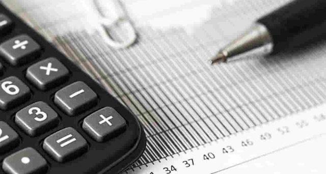 I contributi versati dopo la domanda per la pensione vanno persi? La Corte di Cassazione, con l'ordinanza n. 23162/2021 ha risposto a questa domanda.