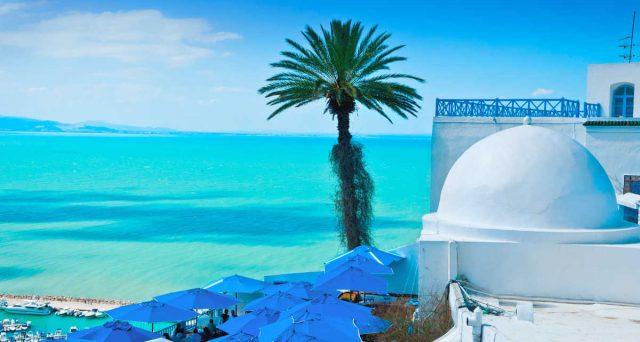 Perché pagare il 30% di imposte sulla pensione quando si può spendere il 5% trasferendosi a vivere in Tunisia?