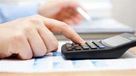 Conviene aprire Partita IVA? Quanto costa aprirla? Quante tasse paga chi lavora a Partita IVA? Scopriamolo in questa guida.