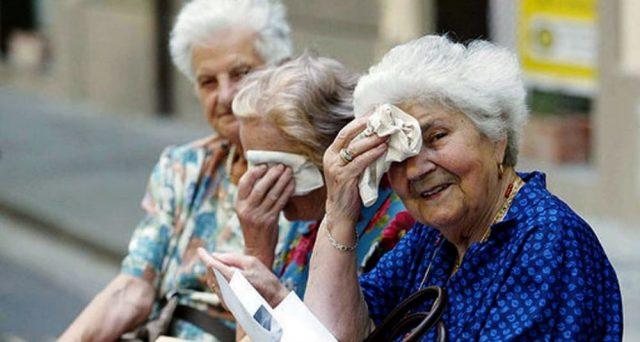 Brusca frenata della speranza di vita nel 2020 a causa del covid. Quale effetto sulla età per andare in pensione? Come funziona l'adeguamento Fornero