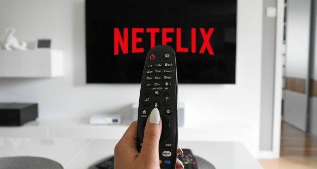 Perché anche con Netflix e altre app video bisogna pagare il canone Rai