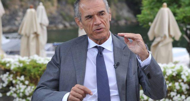 Il problema della natalità è una bomba per le pensioni. Carlo Cottarelli propone la pensione anticipata solo per chi fa figli.