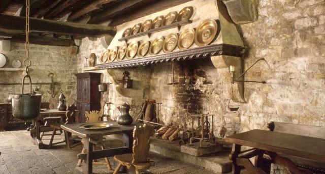 Le 6 cucine storiche più belle nei castelli e abbazie italiane ...