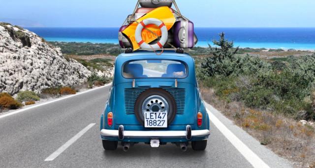 Regole e trucchi per viaggiare in sicurezza su strade e autostrade durante le ferie estive.