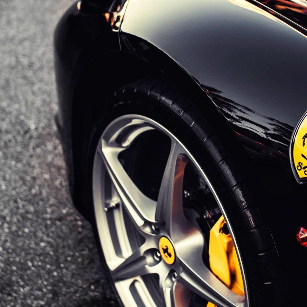 Ferrari: super premio da 5 mila euro per i suoi dipendenti per festeggiare un 2016 davvero eccezionale per la casa automobilistica di Maranello