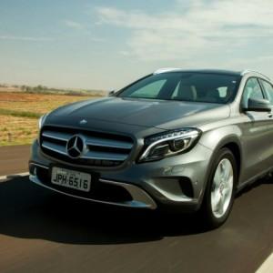 Mercedes nel 2016 sorpassa Bmw e Audi e si pone al vertice del segmento premium del mercato auto grazie a 64.344 unità vendute