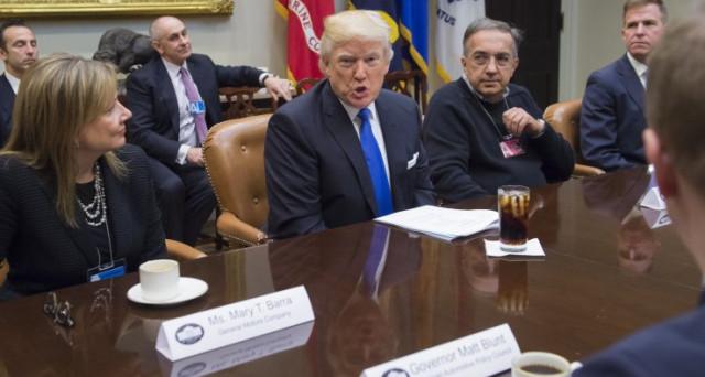 Fiat Chrysler e General Motors chiedono chiarezza al Presidente Trump sull'eventuale tassa di confine che finirebbe per scombinare i loro piani futuri