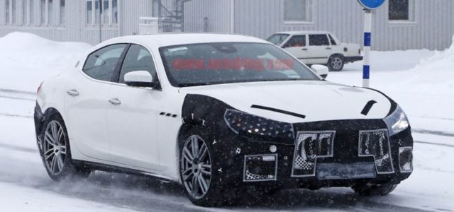 Maserati Ghibli è stata avvistata nella versione muletto camuffato per quanto riguarda il modello del 2018 che dovrebbe arrivare a fine anno
