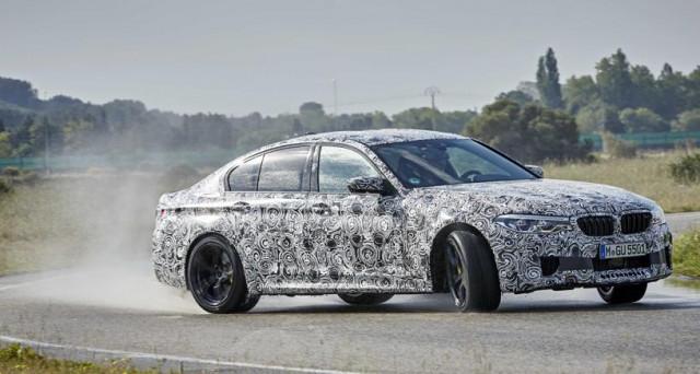 Bmw M5: trazione 'mista' per la nuova generazione della versione più potente prevista per la Serie 5, che darà serio filo da torcere a Mercedes e Audi