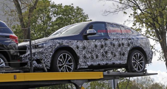 Dal web arrivano le foto spia del prototipo camuffato del nuovo Bmw X4 che sarà presentato entro fine anno e arriverà sul mercato nel 2018