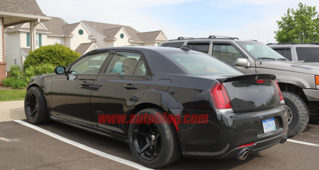 Chrysler 300 SRT