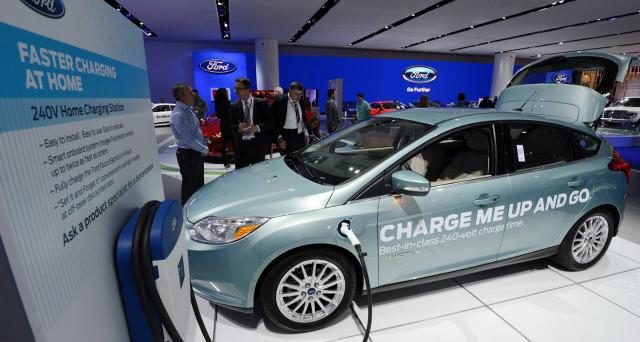 Ford: la prima auto totalmente elettrica della casa americana arriva entro il 2020, sarà un crossover e costerà meno di Tesla Model 3