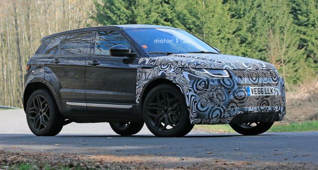 La seconda generazione di Range Rover Evoque sarebbe stata immortalata in alcune foto spia nella versione prototipo camuffato