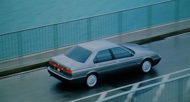 Alfa Romeo 164: la mitica vettura della casa automobilistica del Biscione compie oggi 30 anni, l'ammiraglia fu prodotta sino al 1997