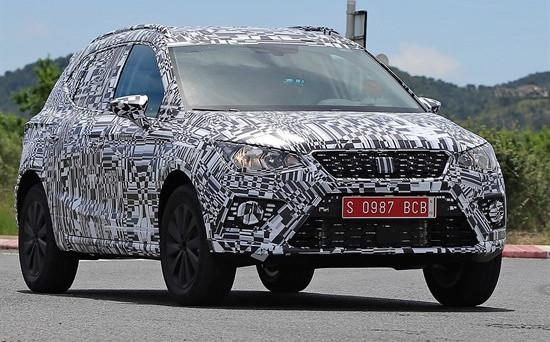 Seat Arona: il nuovo mini Suv del brand spagnolo di Volkswagen è stato immortalato in alcune foto spia realizzate al Nurburgring