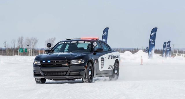 Dodge Charger Police Pack è il nuovo sistema fornito alle forze dell'ordine da Fiat Chrysler Automobiles che migliora la sicurezza delle auto di pattuglia