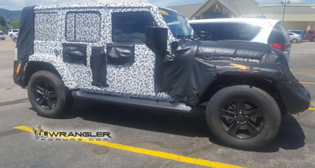 Nel corso della prossima edizione del Los Angeles Auto Show che si terrà in dicembre dovrebbe avvenire il debutto di Jeep Wrangler 2018